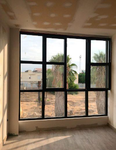 Arquitectura y Construcción en Mérida ventanas de bloque de apartamentos